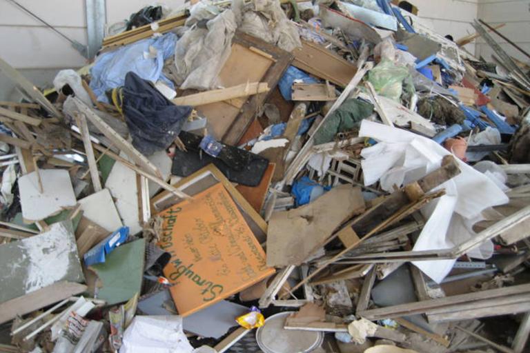 BAUMISCHABFÄLLE/WERTSTOFFGEMISCH (VERSCH. KATEGORIEN) Abfallschlüssel: 170904 Sortennummer: Lieferwerke: Recyclingwerk